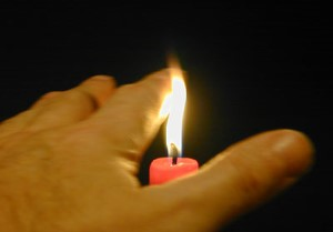 candle-hand